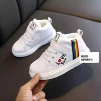 Sepatu Anak Boot Prepet Tali Love