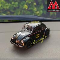 Pajangan Miniatur Diecast Mainan Mobil VW Beetle Kodok Klasik Batman