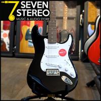 Squier Bullet Tremolo Stratocaster Electric Guitar Laurel FB Black