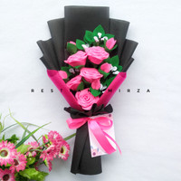 Buket Bunga Flanel 5 Tangkai Premium Warna Pink Kado Wisuda Bucket