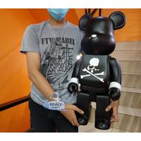 Pajangan Figure Mainan BearBrick 67CM BE@RBRICK Mastermind Japan 1000%