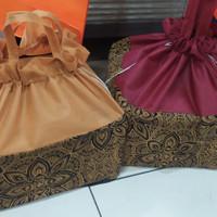 tas kain serut batik buat nasi box 25 isi 12 pcs terlaris dan termurah