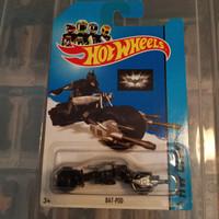 hot wheels batman bat pod motor batman