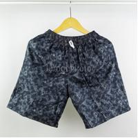 Celana Pendek Wanita Tie Dye Motif Santai