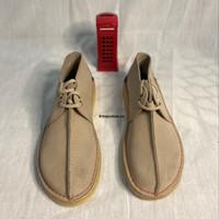 Sepatu Clarks Desert Trek Sand Suede