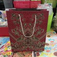 paper bag/shopping bag/tas kertas batik ukuran 21x25x9