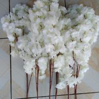 bunga cherry blossom imitasi dekorasi