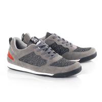 Sepatu Sneakers Casual Pria Kuzatura Abu Abu Bahan Kulit Suede - 39