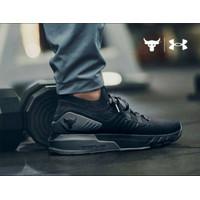 sepatu olahraga sepatu pria sepatu under armour hovr1 hitam