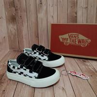 Sepatu anak VANS Checker Board kids black white / Tali / perekat