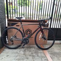Sepeda Balap Polygon Strattos S5 Disc sz M/52 Tahun Baru 2021 - Merah