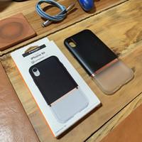 Spigen Case Lamanon Series iPhone XR