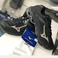 Sepatu Voli Volly Mizuno Wave Lightning Z5 WLZ5 Low All Black Original