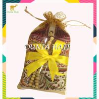 Paket Souvenir Sajadah Mini + Tile + Tasbih Parcel Sovenir Sajadah/Pcs
