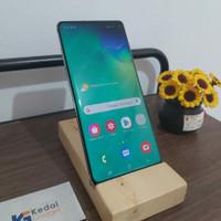 Samsung Galaxy S10 Plus RAM 8.128GB
