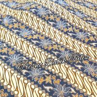 Batik tulis kereta kencana motif Parang Seling Kembang