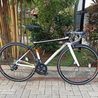 (TERJUAL) Sepeda Balap Polygon Strattos S3 Tahun 2021