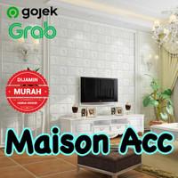 Wallpaper dinding 3D wallfoam 70x77cm high quality 3.5mm - 3.5mm putih