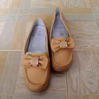 Slip on wanita Second/Sepatu kulit wanita import/Sepatu Second import