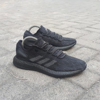 Sepatu Sneakers Pria Adidas Pureboost LTD Full Black Original