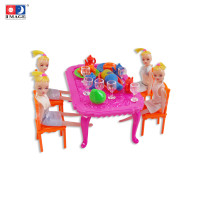 IMAGE TOYS mainan Dinner Table with 4 Dolls