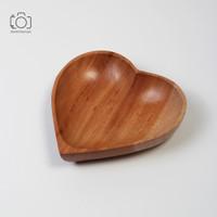 Mangkok Kayu Hati / Wooden Bowl Love / Properti Foto