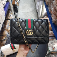 6691 GG Quilted Stripe Sling Bag