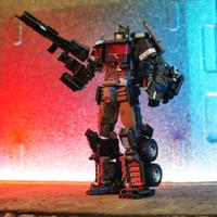 Mainan robot action figure transformers dark optimus prime commander