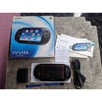 PlayStation PS Vita Fat Black Fullset 8GB h-encore Henkaku 01
