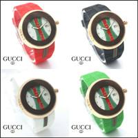 Jam tangan terbaru fashion wanita Gucci tanggal aktif kualitas premium