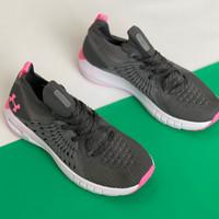 sepatu wanita under armour grey pink