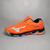 sepatu voli mizuno wave lightning z 6 mid volley premium volly