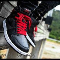 SEPATU NIKE AIR JORDAN1 HIGH OG BLACK SATIN GYM RED.SIZE 39-44.PREMIUM