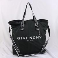 Tas givenchy 4G logo print tote bag asli