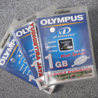 Olympus XD Card 1GB Original Made in Japan