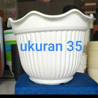 Pot Bunga Plastik Ukuran 35 / Pot Kembang Belimbing 35 - PUTIH