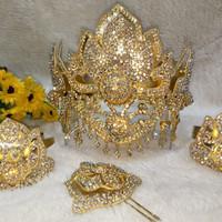 mahkota penganten siger pengantin wanita