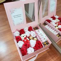 Hampers Ulangtahun - Exclusive Gift Box - Money Box 700RB 1020