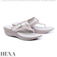 Sandal Wanita Wedges Platform Sendal Jepit Pesta Hak Tinggi 5cm Cream