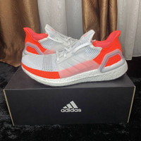 Adidas ultraboost 2019 cloud white red us8.5, 9.5