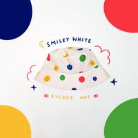 Bucket Hat - Smiley B white
