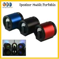 Speaker Musik DS-01B Mini Portable / Speaker with USB TF Card Radio FM
