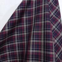 Kain Kotak Semi Wool ( Merah Maroon - Hitam )