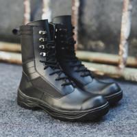 Sepatu Safety Boots Black Force Sepatu PDL boots Ujung Besi Tracking
