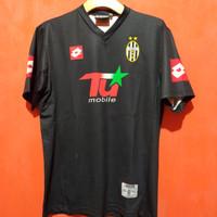 Jersey bola Juventus 2001 second original