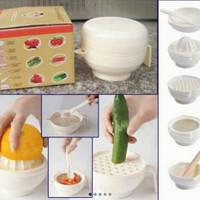 set peralatan makan bayi / alat makan bayi food making set