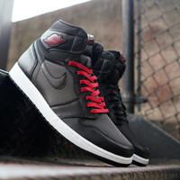 Sepatu kasual pria nike air jordan black satin gym red black premium