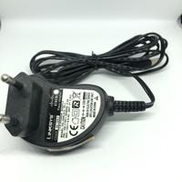 Adaptor Linksys Power Adapter AD 12/0.5 100-270V 50-60Hz 0.2A - Bekas