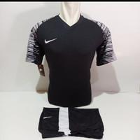 Baju Volly Jersey Futsal Kaos Bola Setelan Olahraga Voli Nike Hitam