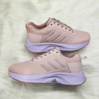 Sepatu Wanita Adidas pureboost women